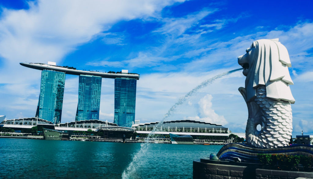 iconic merlion which is one of the best singapore tourist attractions
